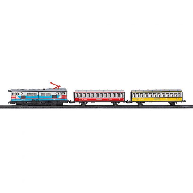 Tren de viajeros con luz